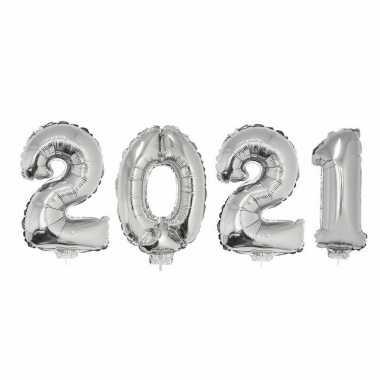 Zilveren 2021 ballonnen voor oud en nieuw